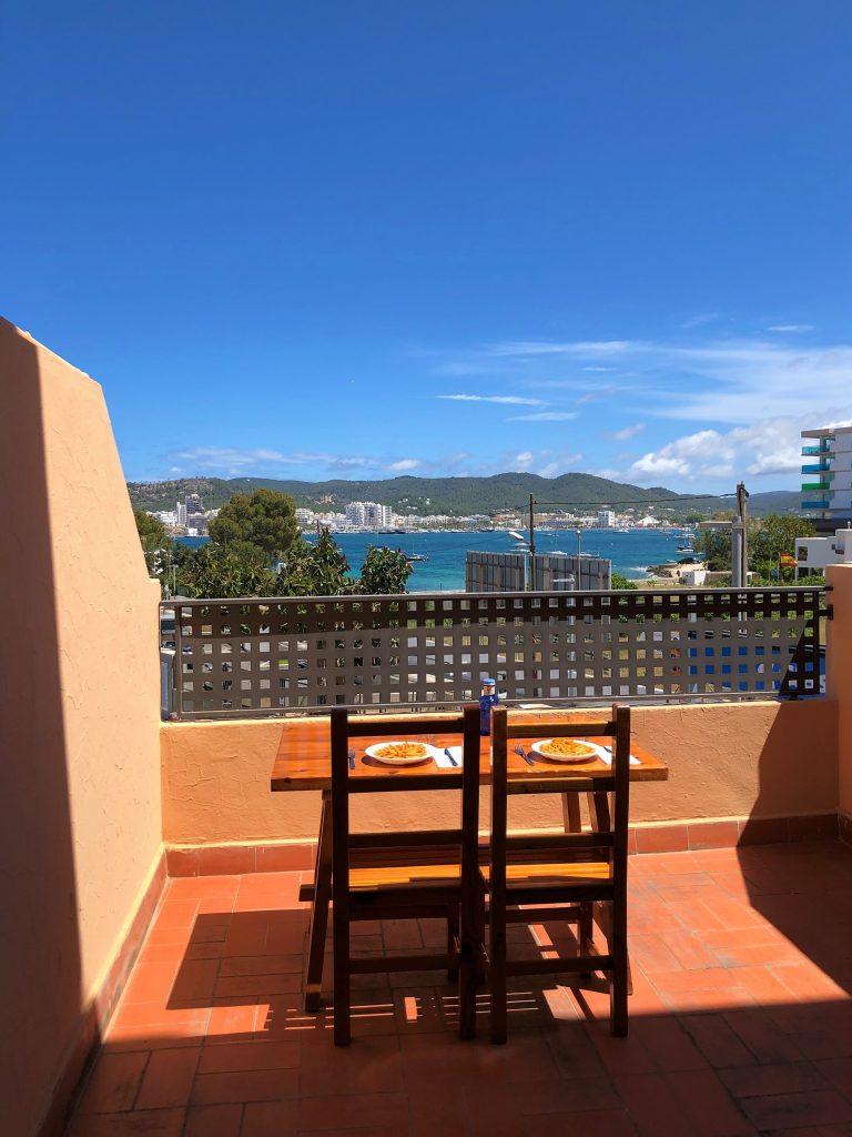 Terrazzo della mia camera all'hotel Azuline di Ibiza a Sant Antoni