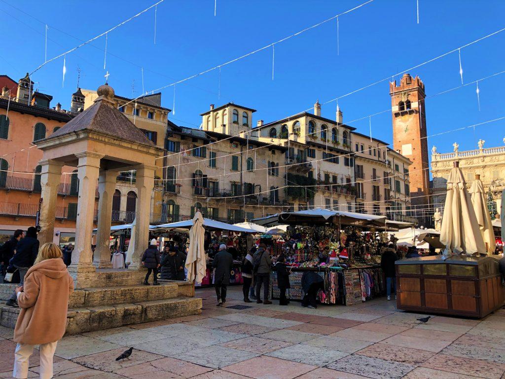 Mercato in Piazza delle Erbe
