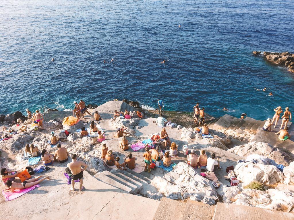 Spiaggia a Hydra, isola greca