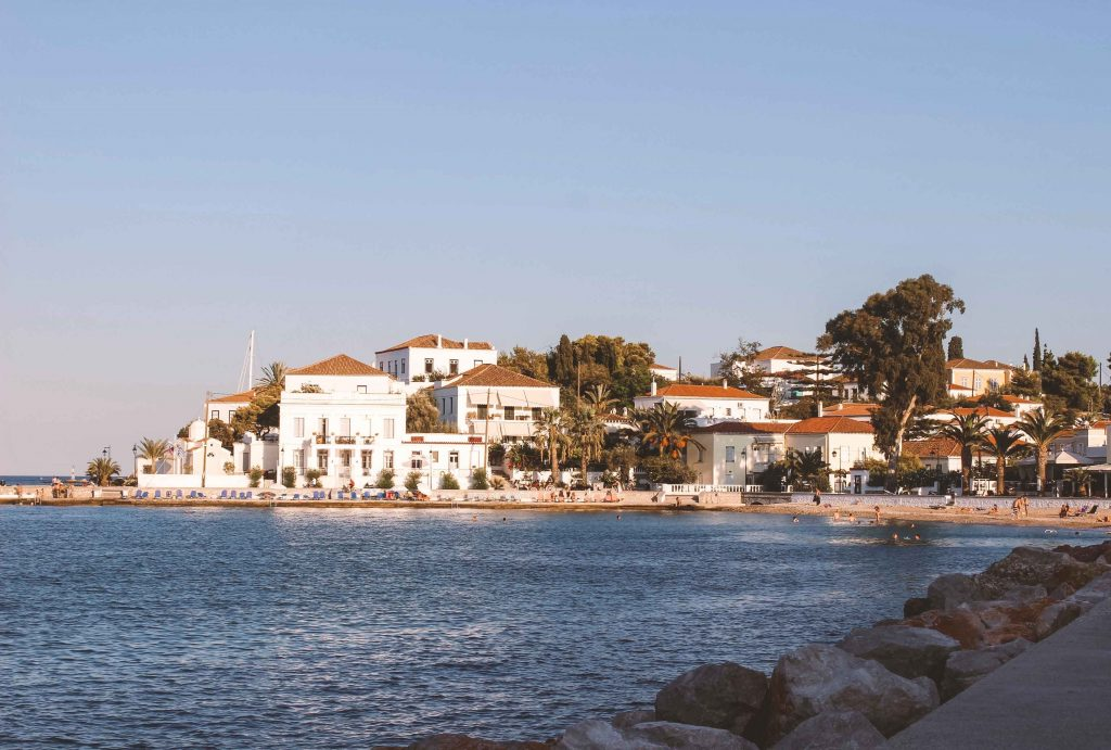 Vista dell'isola greca di Spetses