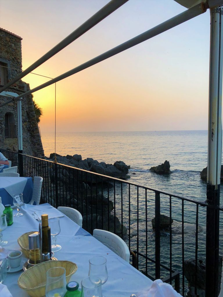 """Affaccio sul mare dal ristorante """"Lo scoglio ubriaco"""""""