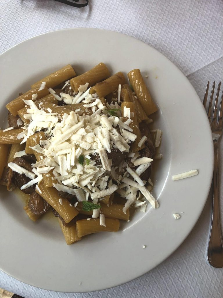 Pasta con zucchina fritta