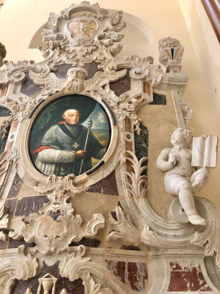 interni della cattedrale di noto