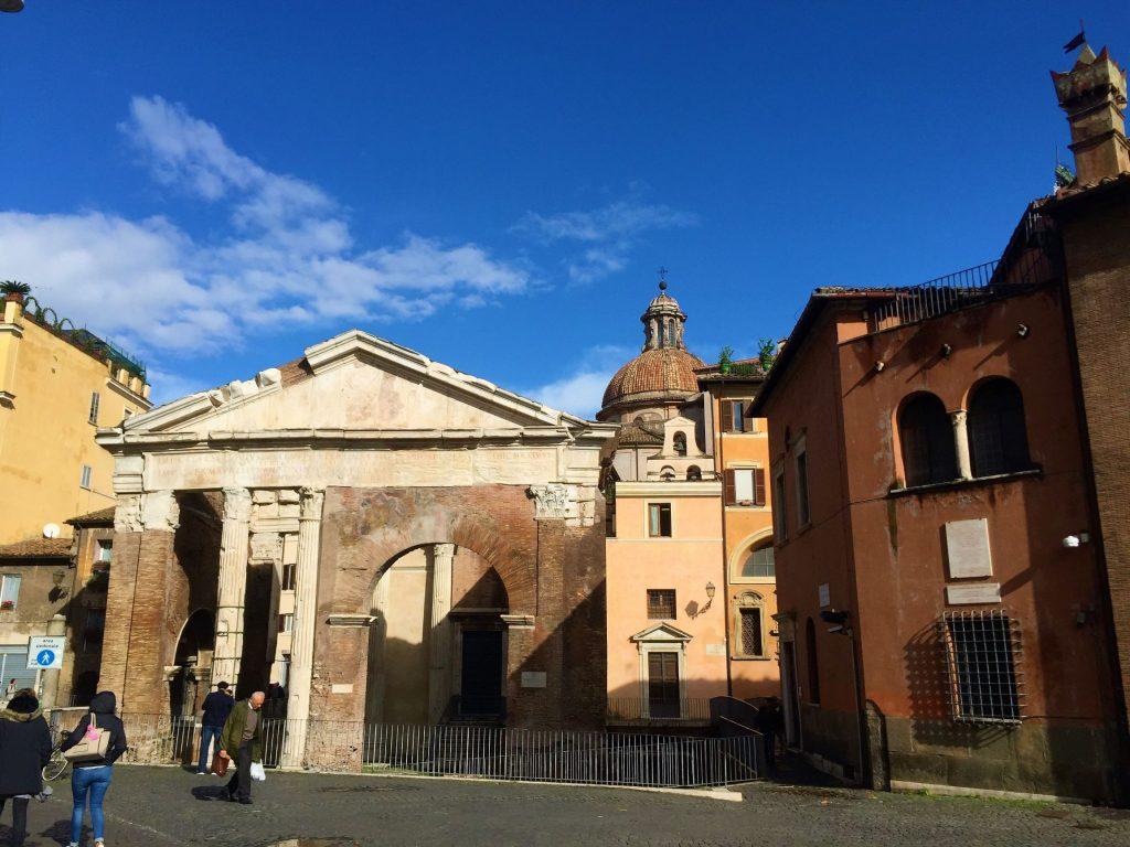 ghetto di roma: tempio di ottavia