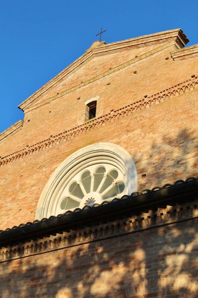 rosone abbazia Fiastra