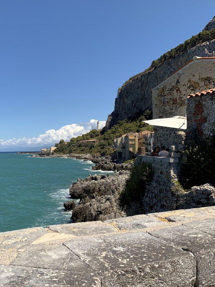 vista panoramica verso il porto di Cefalù