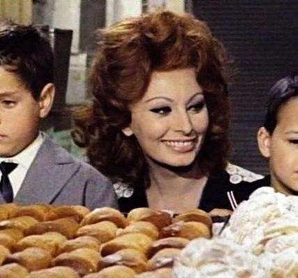 scena pastarelle matrimonio all'italiana Sofia Loren