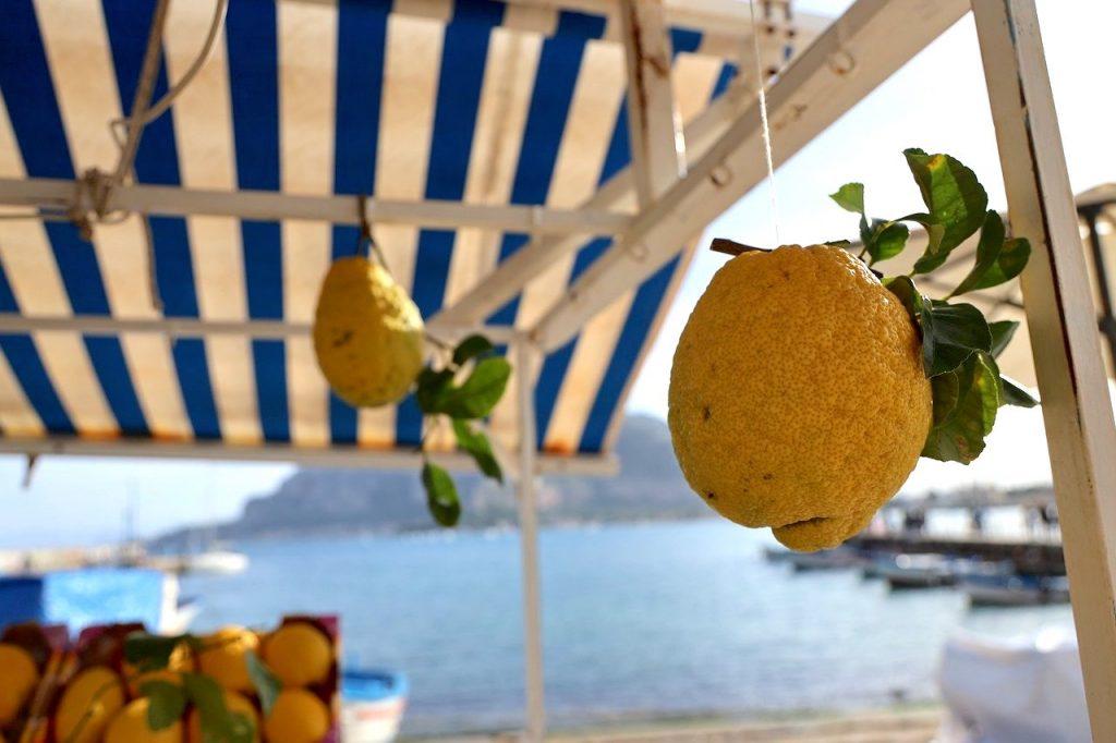 limoni di Sicilia: simboli della Sicilia