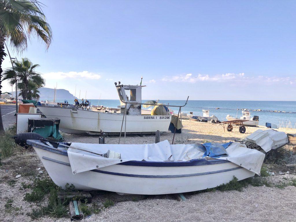 spiaggia per vacanza a porto Recanati, riviera Conero nelle marche